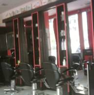 Store Images 3 of Mannat Ladies Beauty Saloon