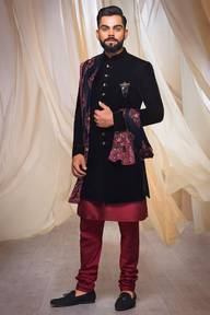 Store Images 3 of Manyavar