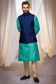 Store Images 8 of Manyavar