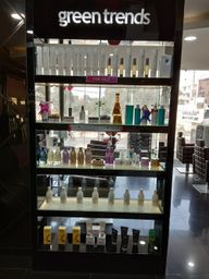 Store Images 1 of Green Trends-Unisex Hair And Style Salon