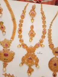 Store Images 2 of Hari Om Jewellers & Bankers